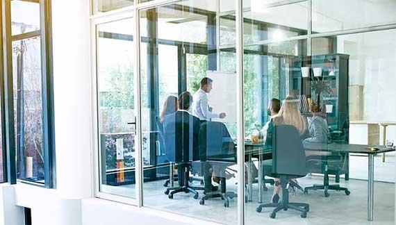 Բիզնես կենտրոնների և օֆիսների մաքրման առանձնահատկությունները