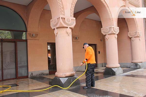 Компания Клинлайн взяла на себя ответственность за обеспечение чистоты на Глобальном инновационном форуме