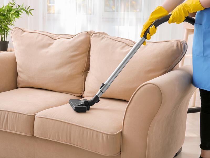 Ինչպե՞ս լվանալ բազմոցը տնային պայմաններում