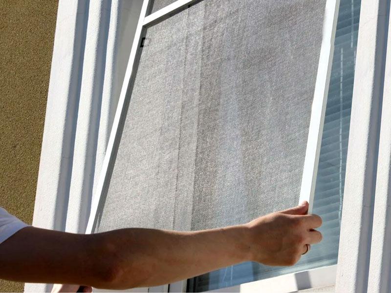 Эффективные способы очистки москитной сетки